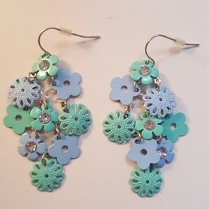 Other - Girls Blue and Periwinkle Flowe Earrings